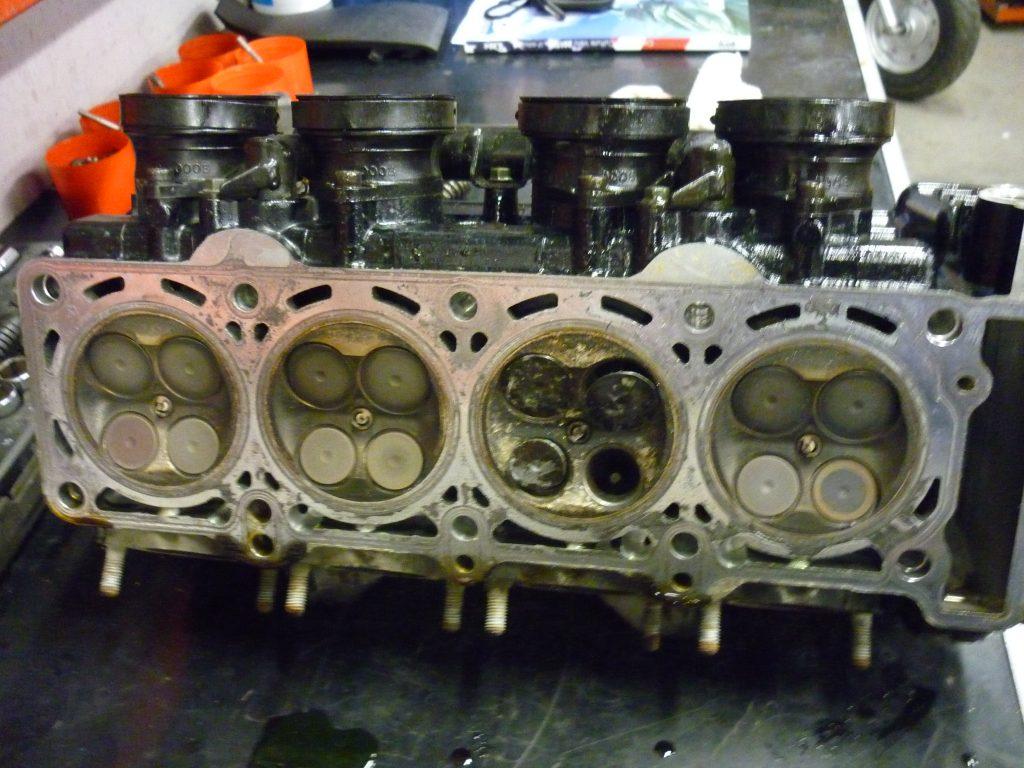 Composition et calculs moteur geomoto for Chambre de combustion moteur